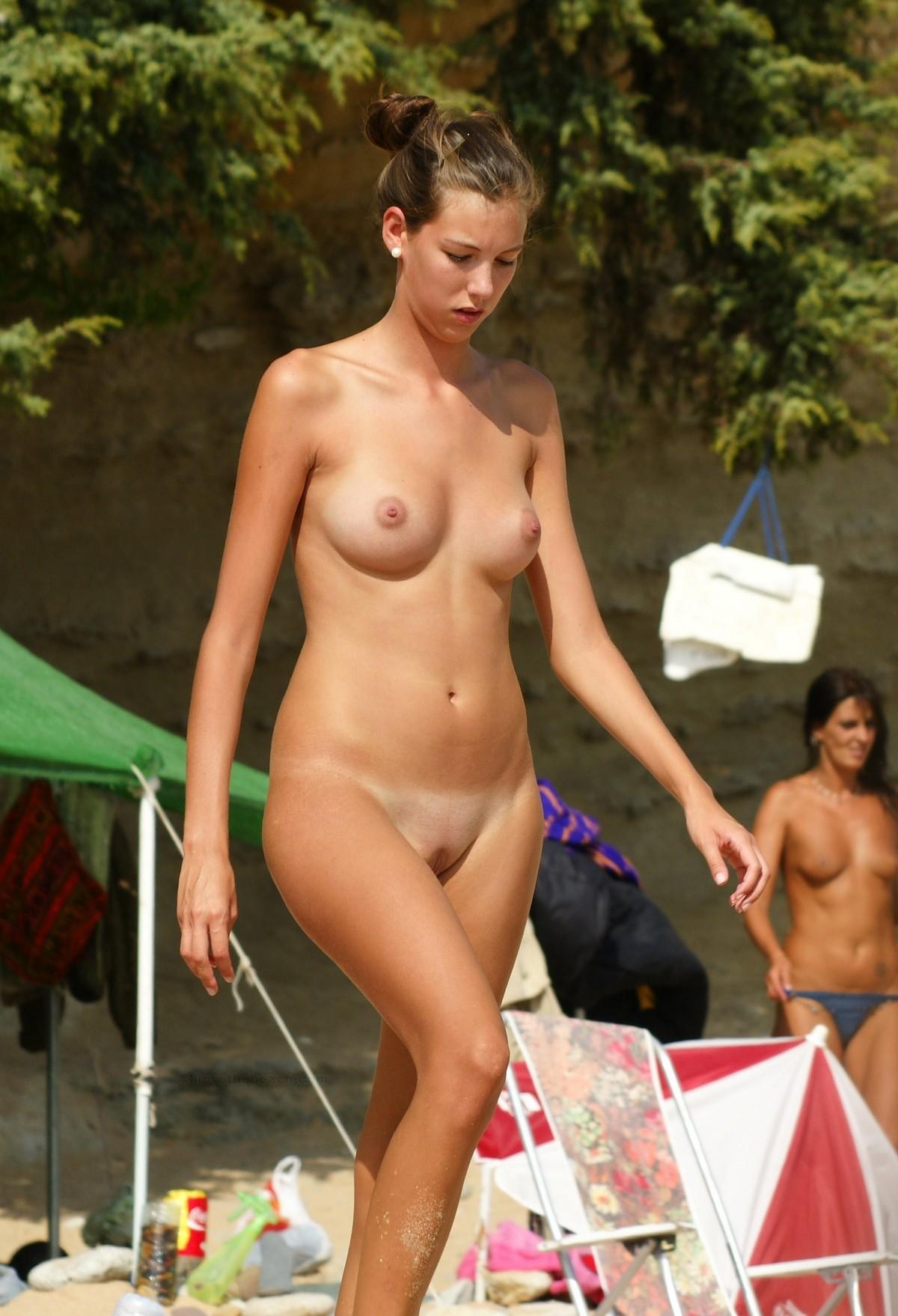 Anya candid nude