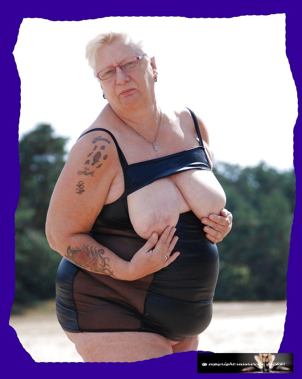 Пожилая жирная шалава из Голландии