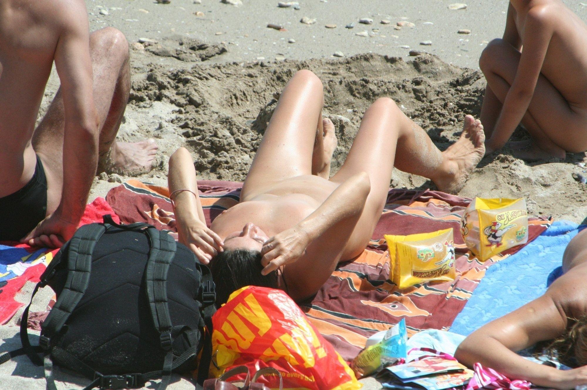 большие сиськи фотки подглядывание пляже думаю