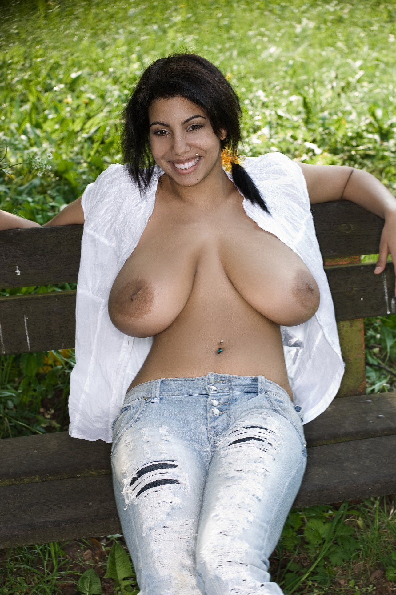 Mexican women breast nude