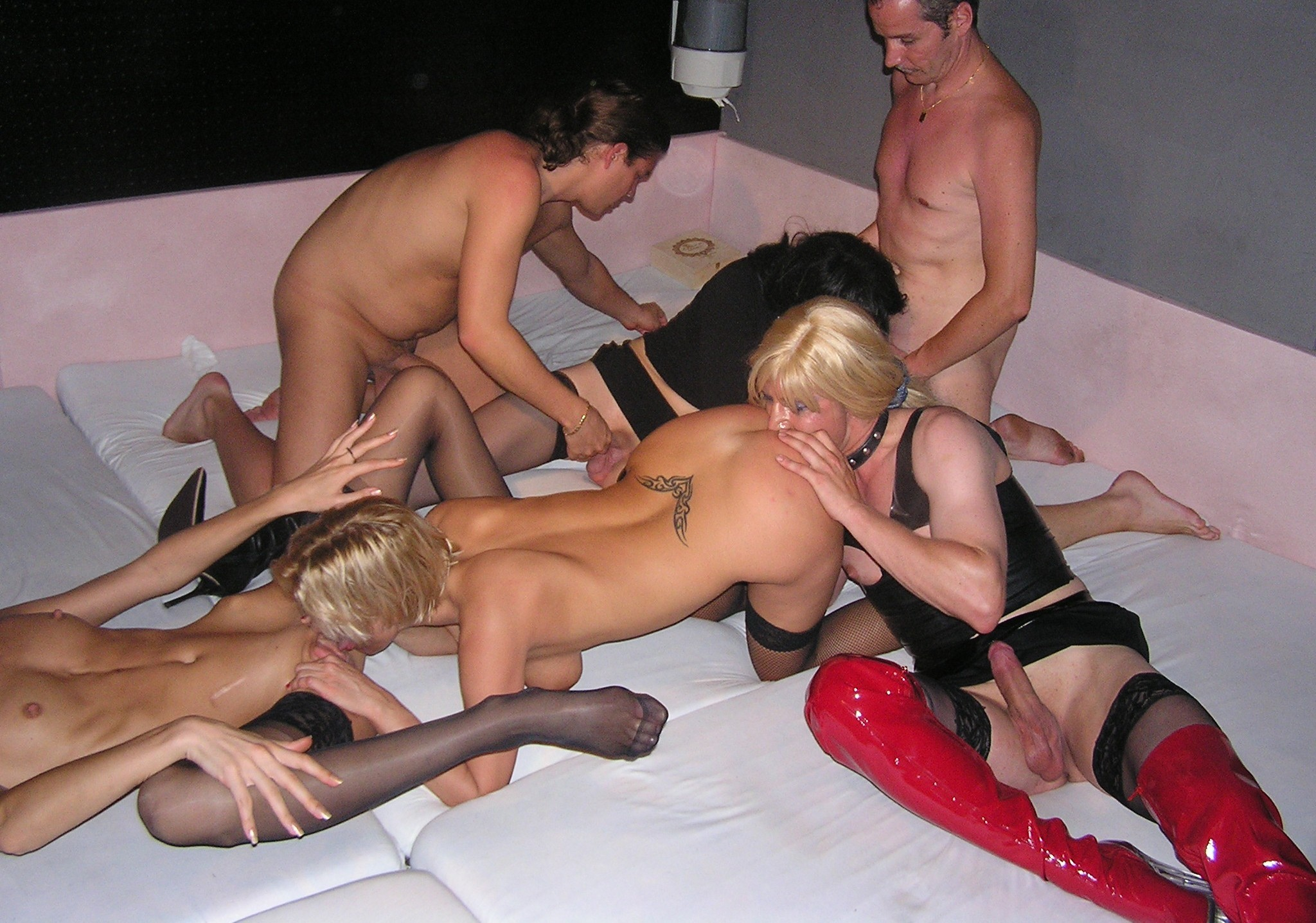 Swinger are having a wild sex party