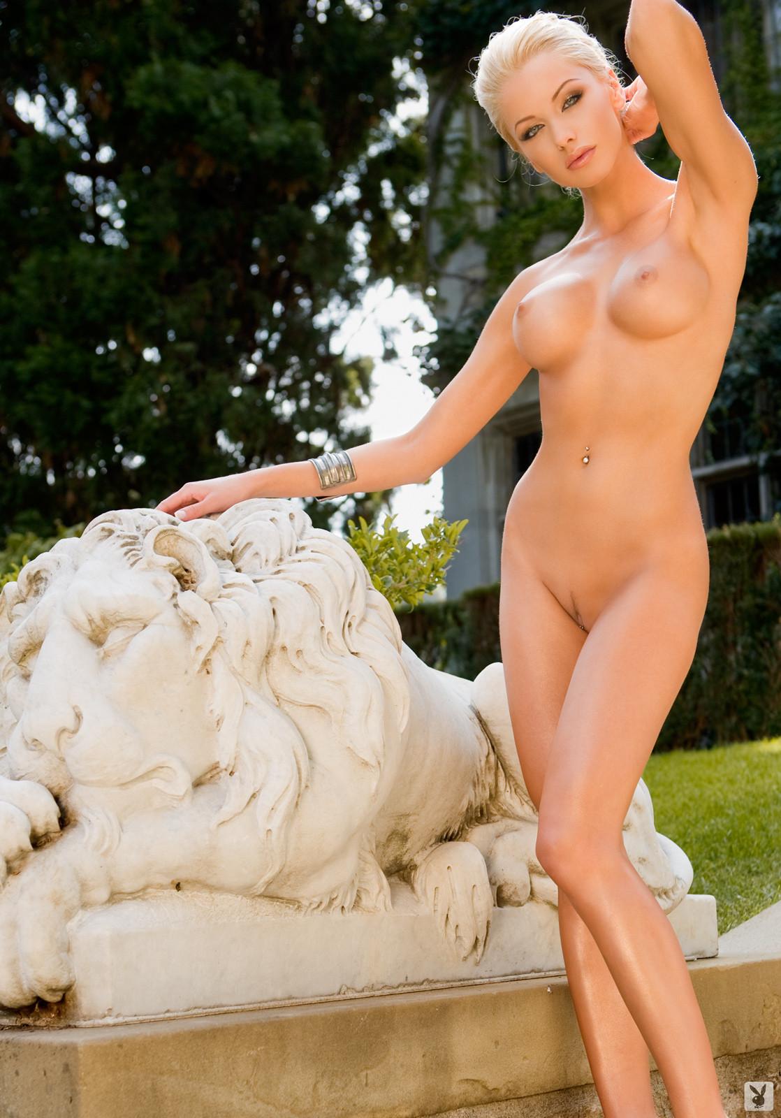 Эротика красивой словацкой модели