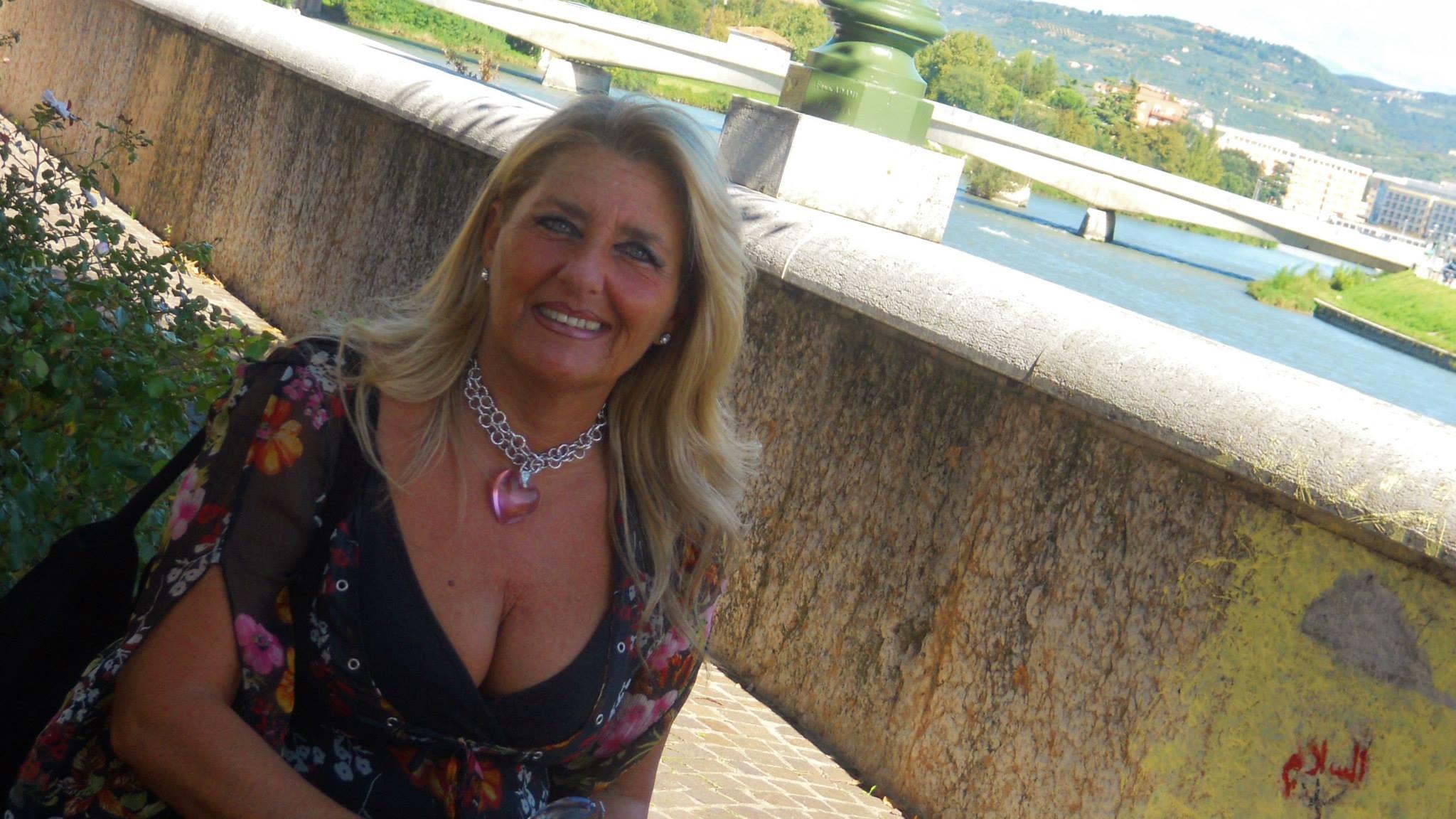 Пожилая хорватская учительница (не голая)