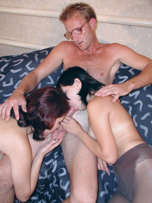 Секс литовца с двумя русскими телками