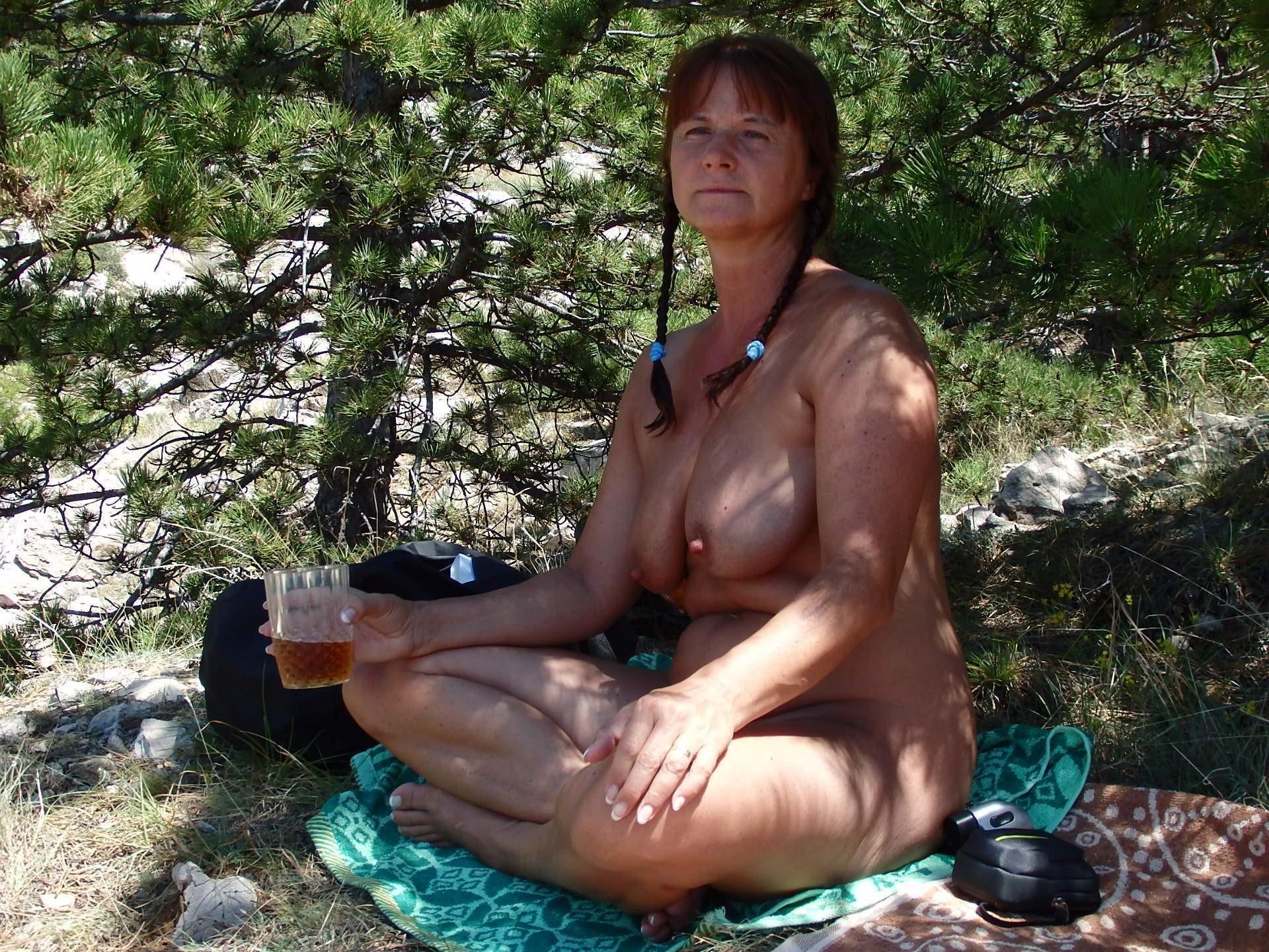 Зрелая хорватка с большой грудью