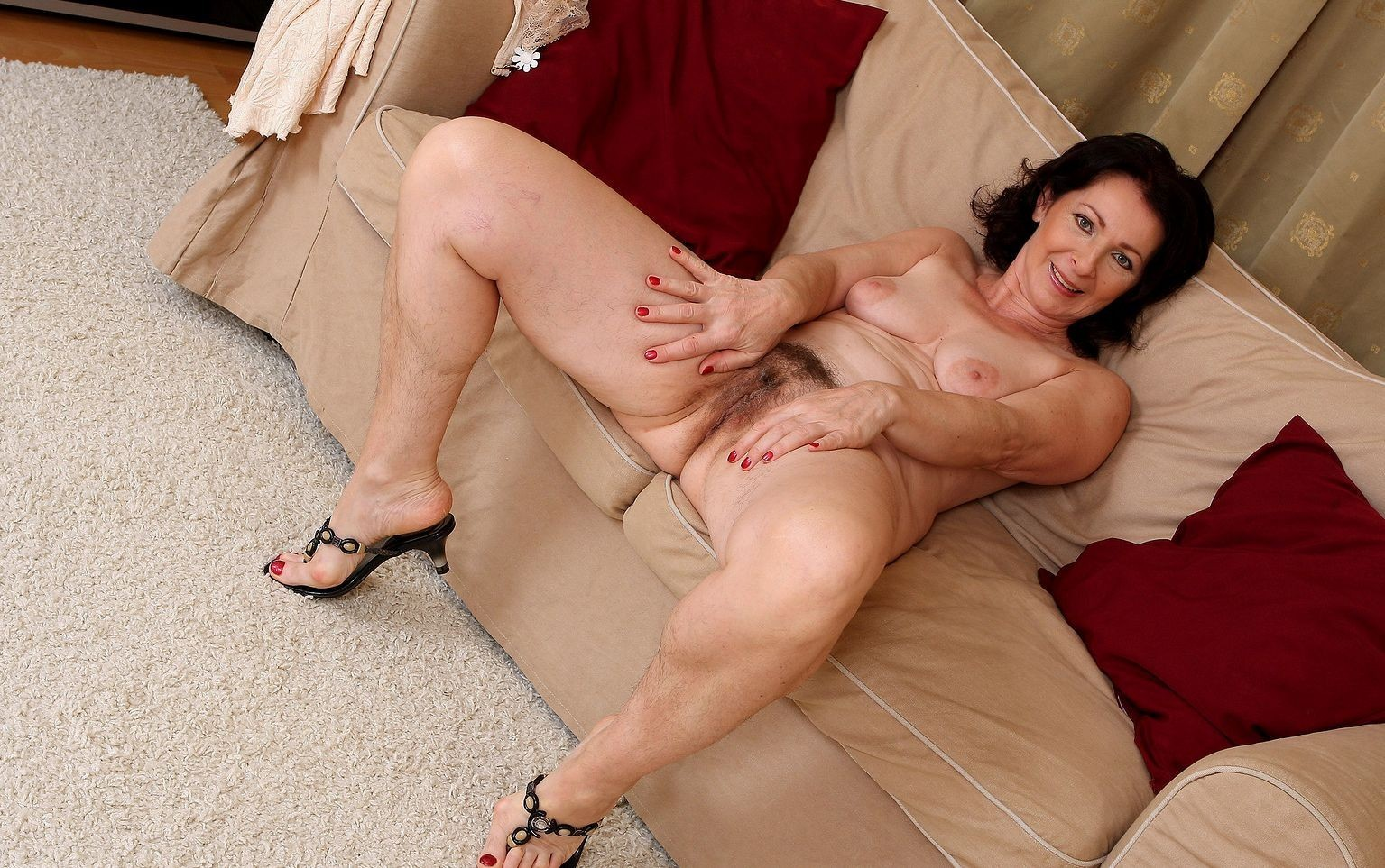 june-porn-mature-model