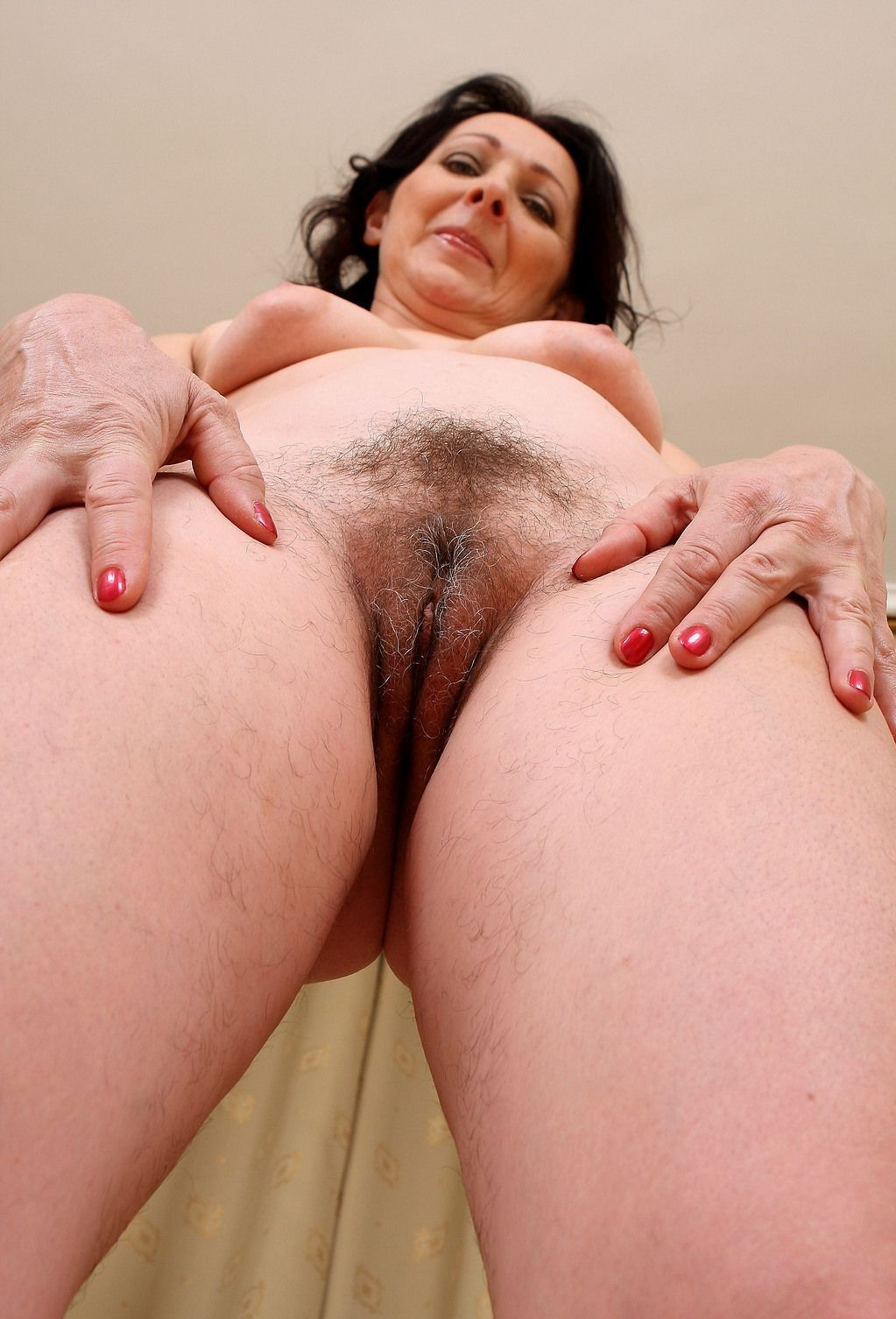 Uk mature shaved or hairy pussy — 3
