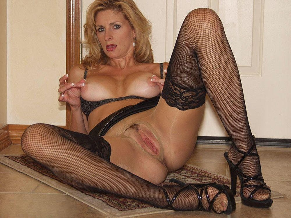 sex-homemade-katie-couric-sexy-stockings-pictures-india-sex