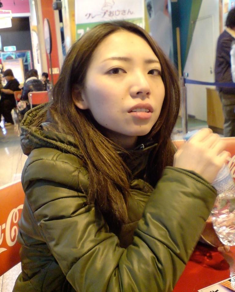 Китайская милфа с пушистой пиздой
