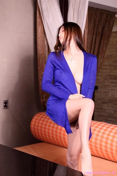 Немного фото красивой эскортницы из Тайваня