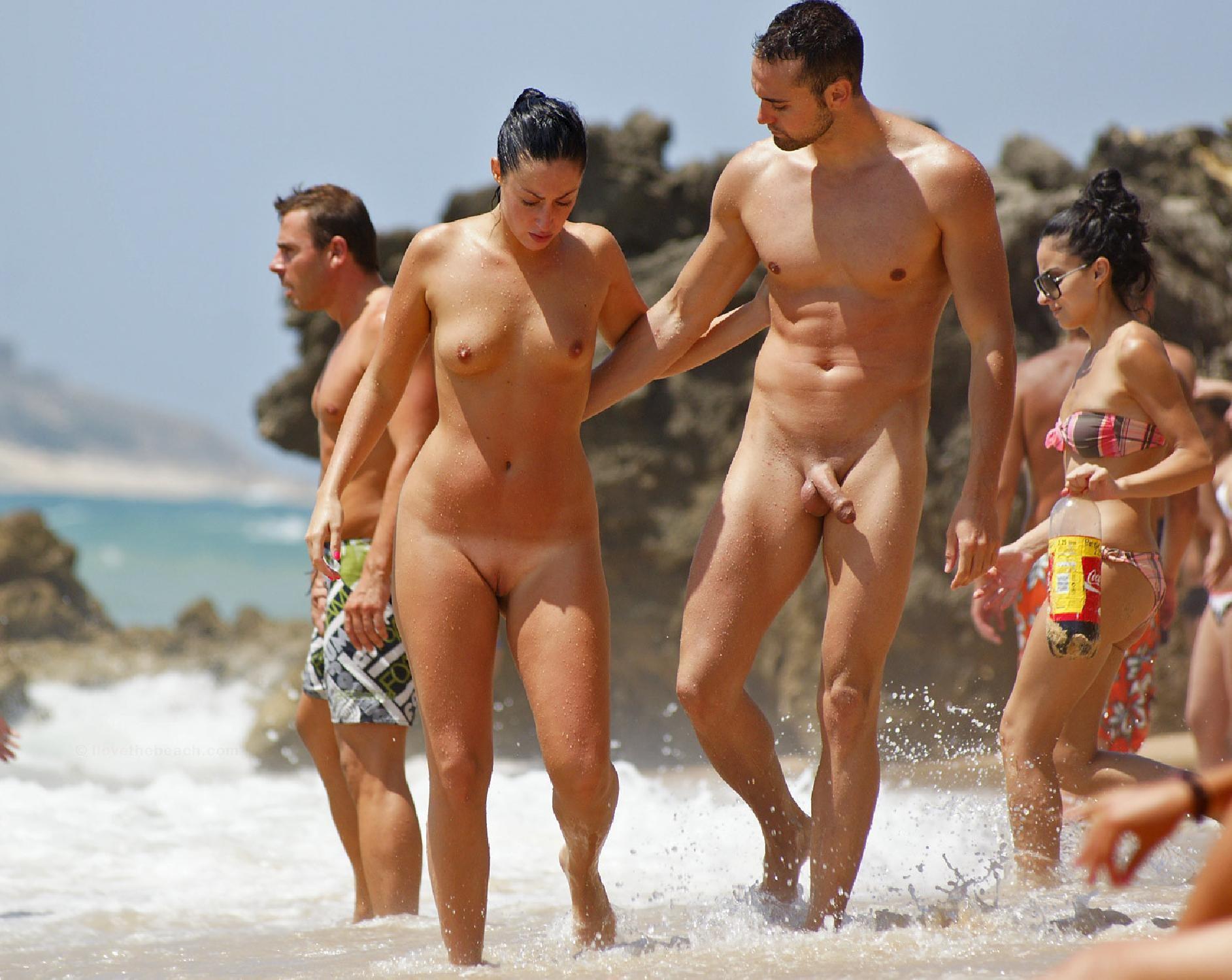 nude-beach-funny-people-on-a-nude-beach-bikini-girls