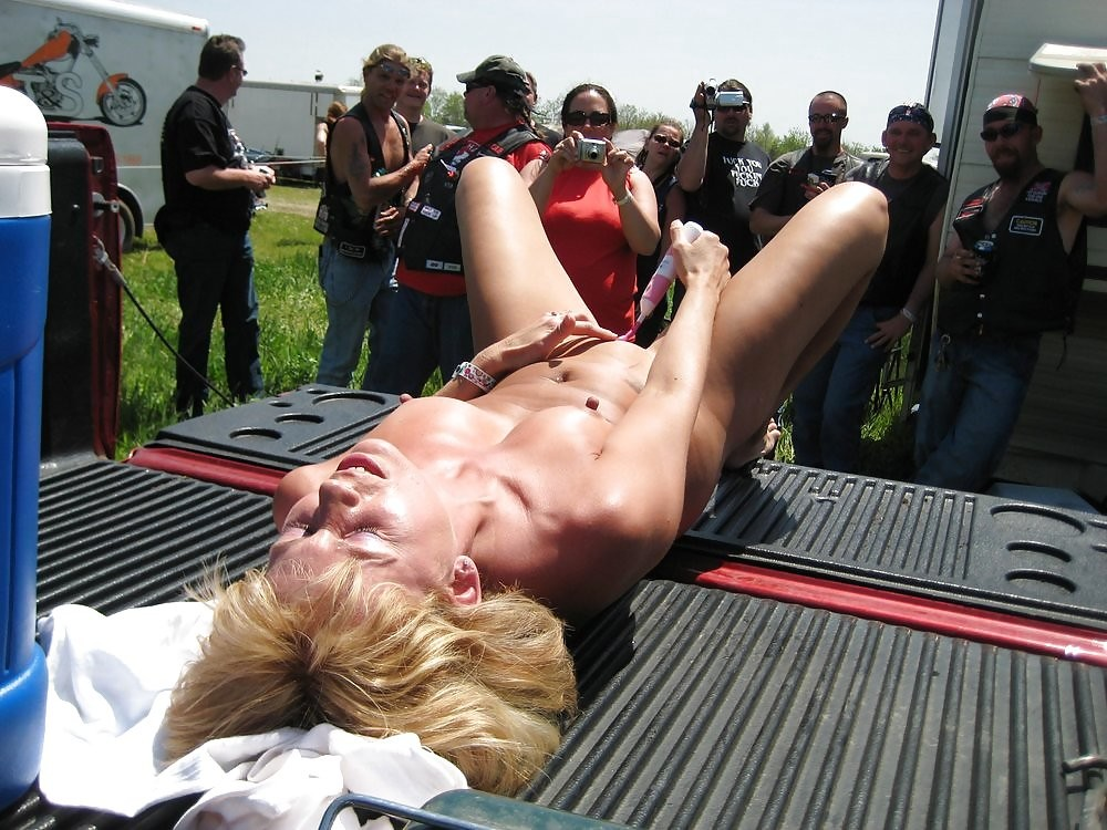 Gay naked girls at tailgate parties porn girls