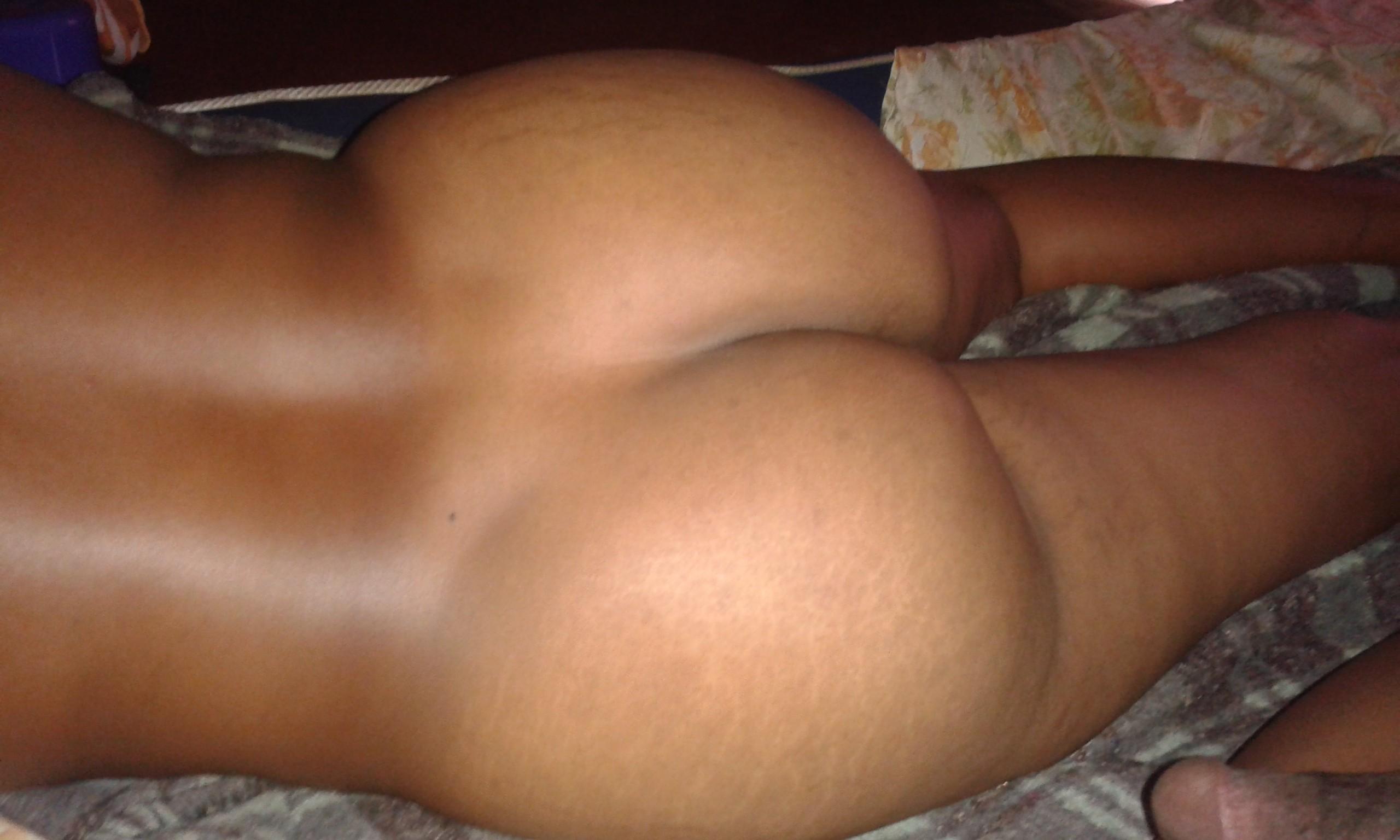 Пизда кенийской пышки
