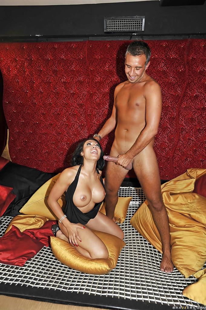 Марокканская проститутка Надиа