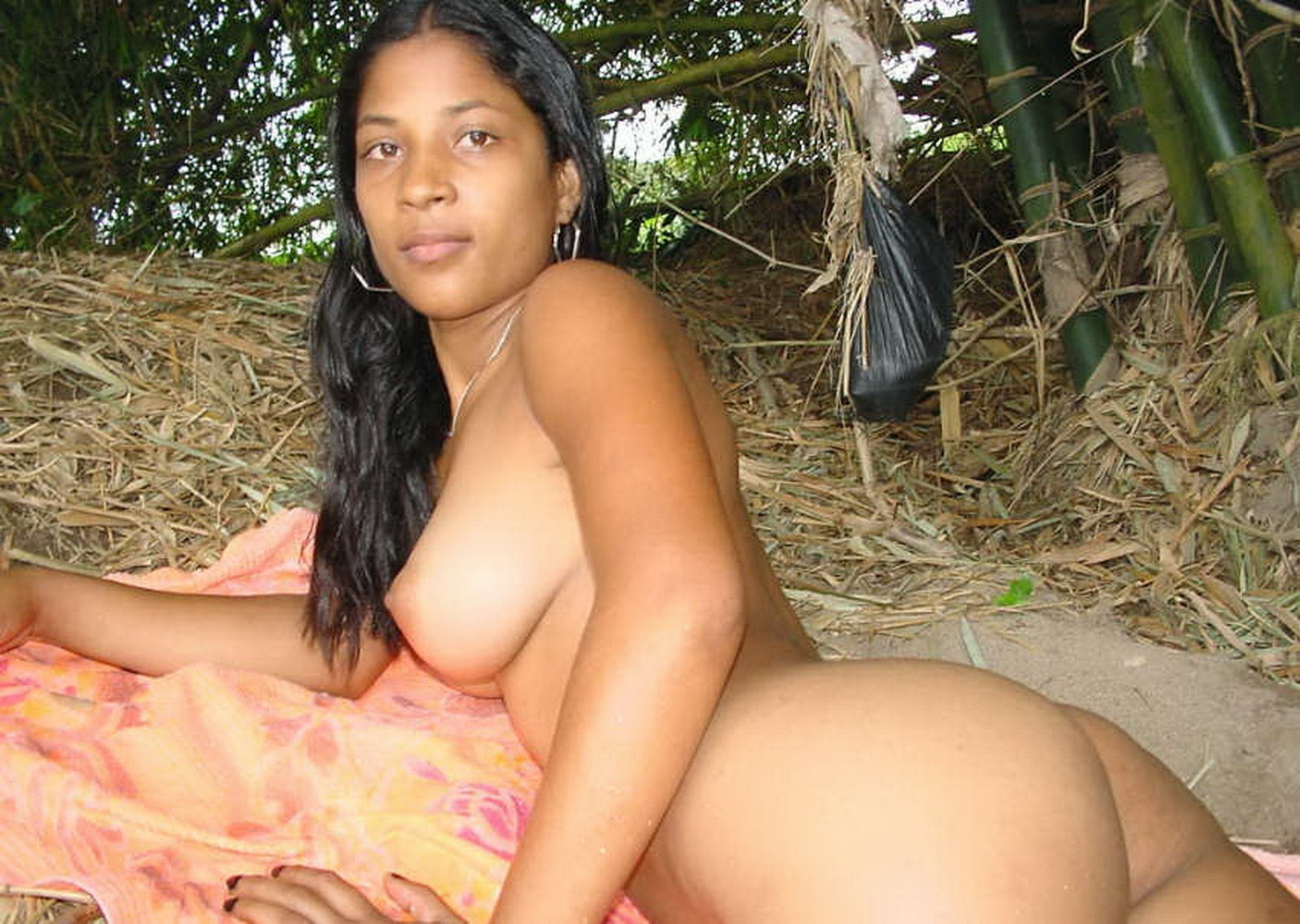 kerala-girls-nude-ass