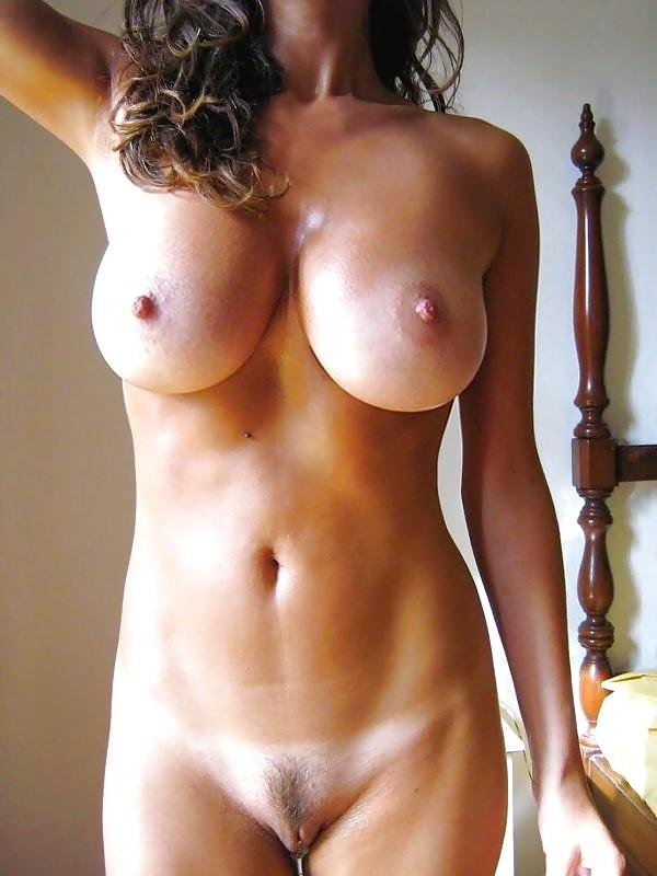 Хорошая грудь чилийской милфы