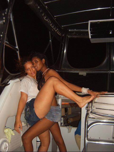 На Ямайке весело, там живут классные телочки
