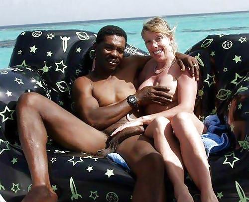 Что еще делать на Ямайке одиноким белым женщинам