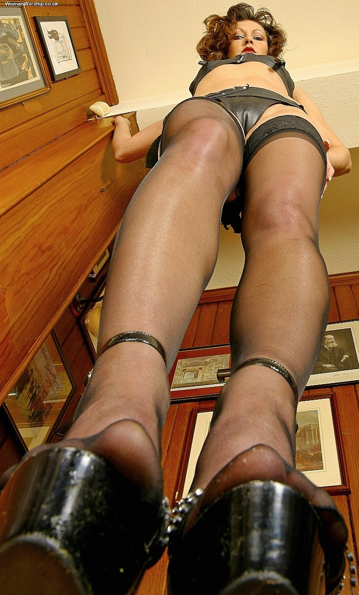 Daily upskirt slaves