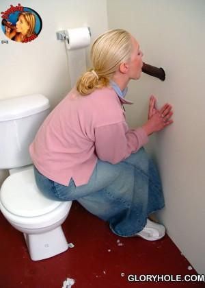 В туалете - Фото галерея 845949