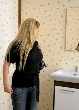 В туалете - Фото галерея 779555
