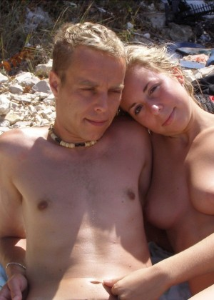 brother-nude-sister-nude-in-beach-no-fuck