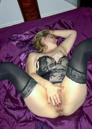 Зрелая полячка Каролина любит глубокий анал