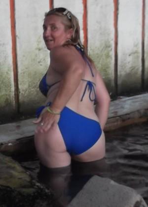 Сербская зрелка в бикини