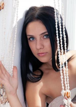 Молодая молдавская эро модель
