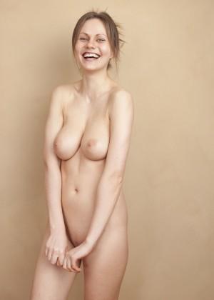Литовская порно звезда Тина Кей