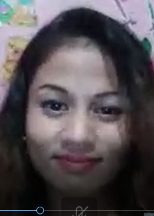 Филиппинка показывает сиськи и пизду в скайпе