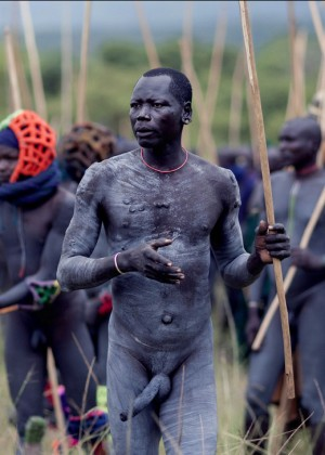 Голые эфиопские мужчины