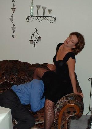 Женщина из Оклахомы ебется с негром при муже