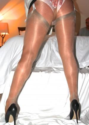 Красивые ножки в колготках какой-то женщины из Вермонта