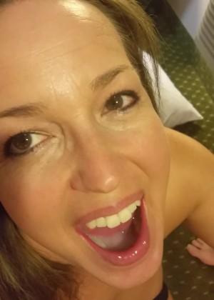 Сливают сперму в рот домохозяйке из Техаса