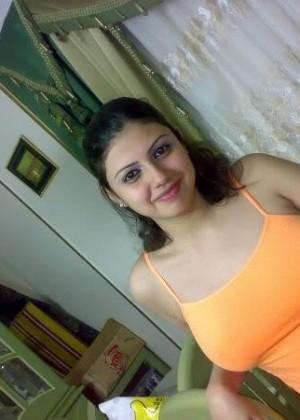 Просто красивая девушка из Туниса (не голая)
