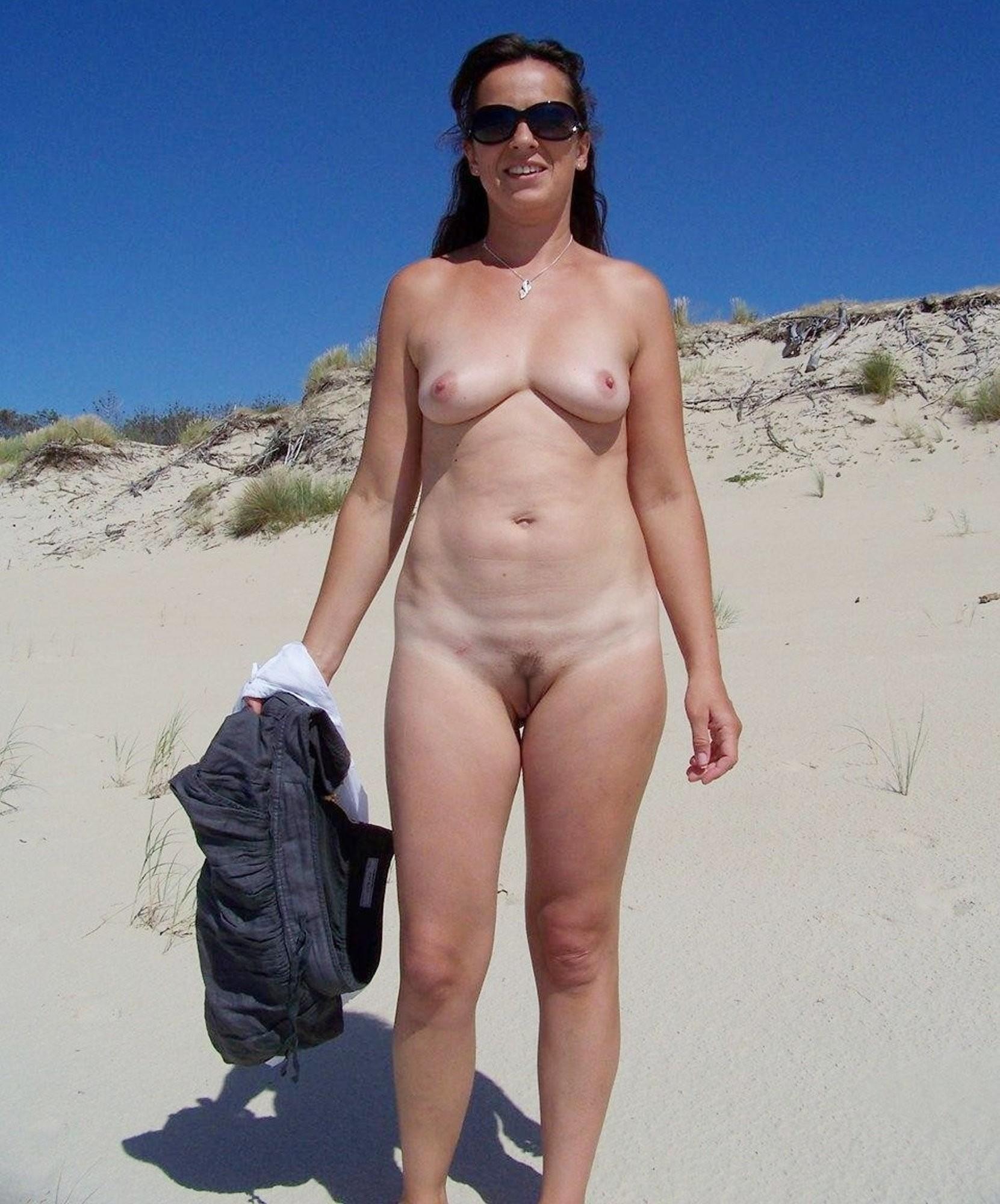 Deja tits amateur mature nude women on the beach virgin porn topless