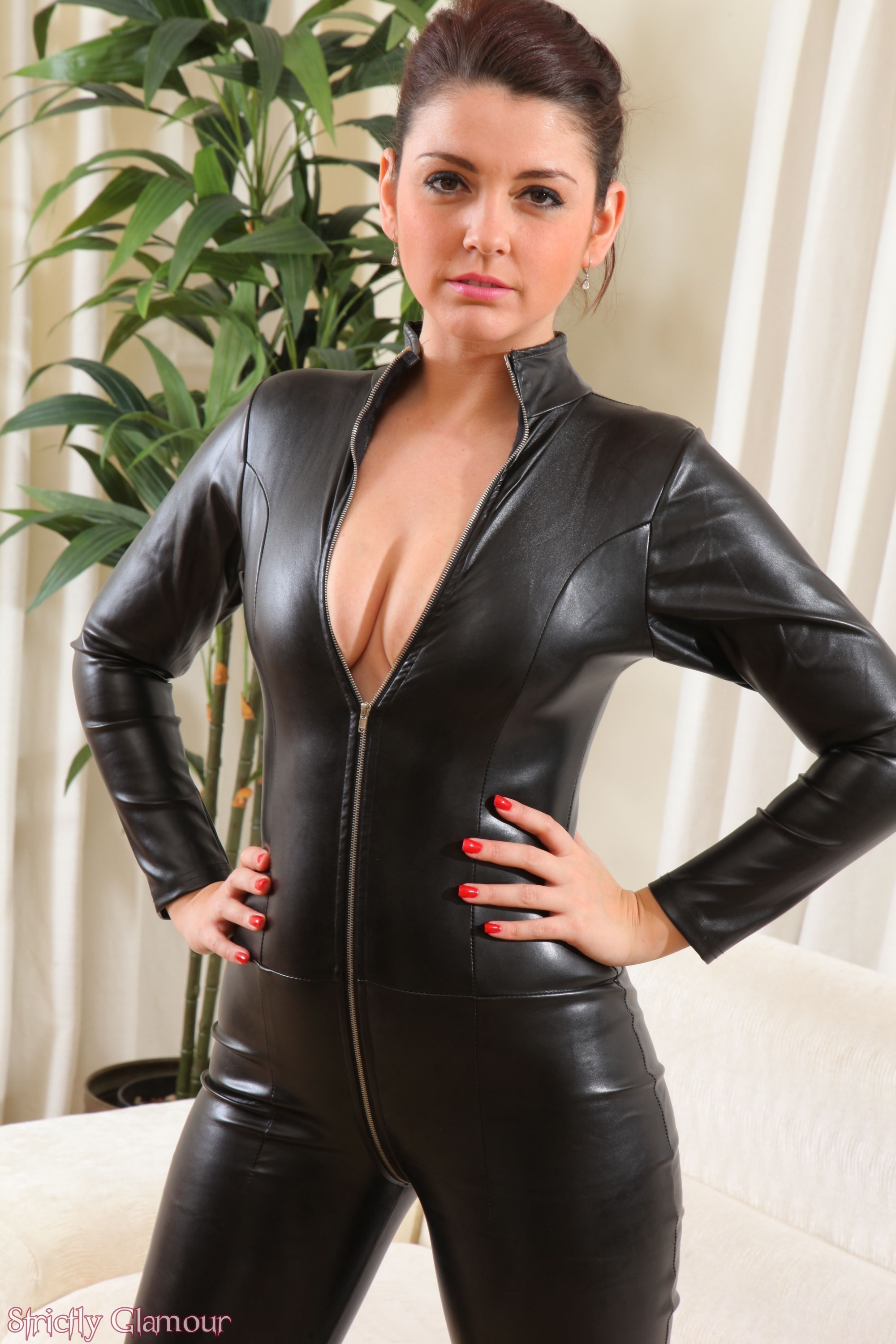 Kiss glamour leather gallery images gallery