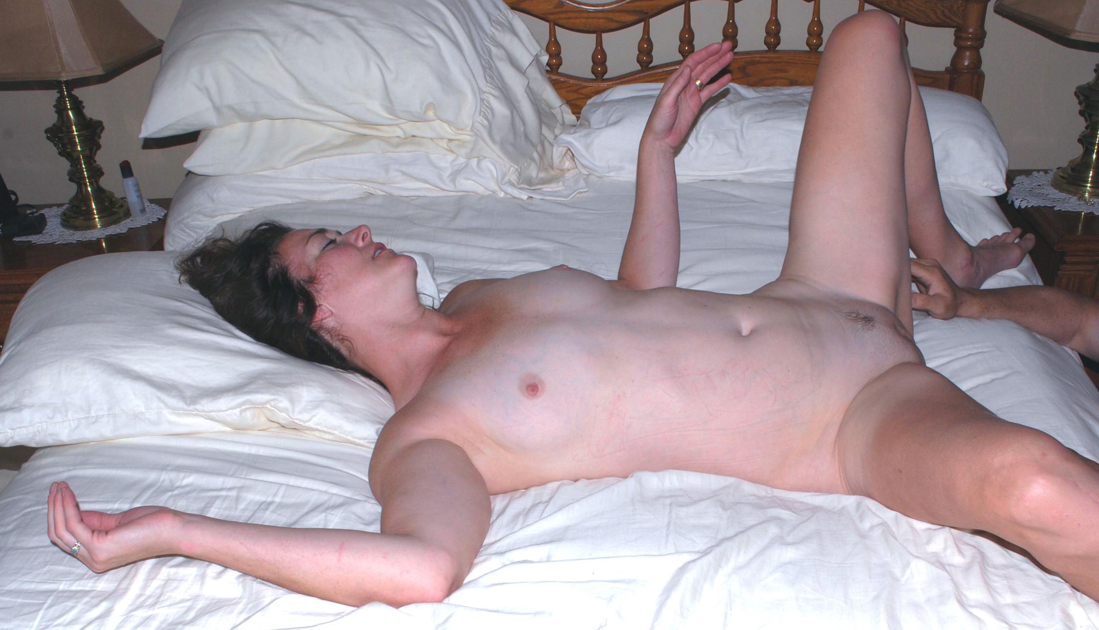 gratuit-femme-wifes-real-orgasm-females