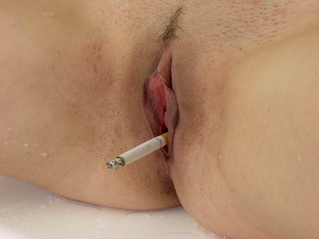 Реального курить вагиной порно