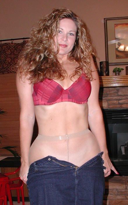 Кейт не одевает трусиков под колготки