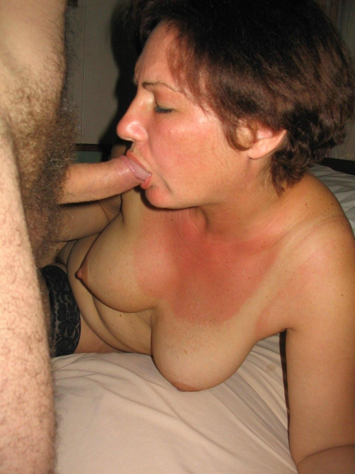 College middle aged woman blowjob ameteur