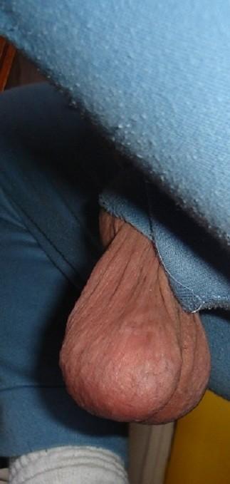 Реакция женщин на мужские гениталии - компиляция 9