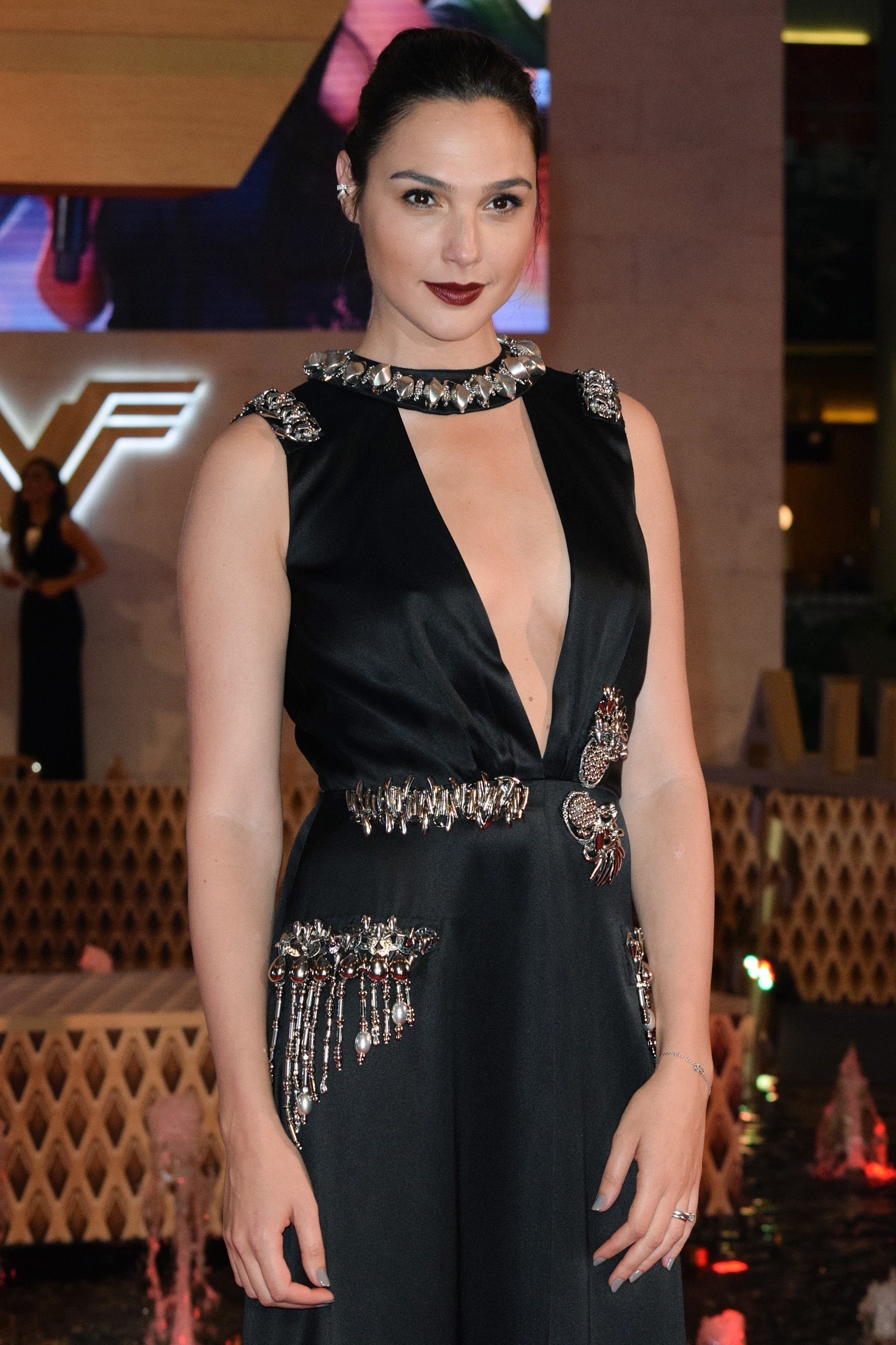 Гал Гадот супер сексуальная актриса из Израиля