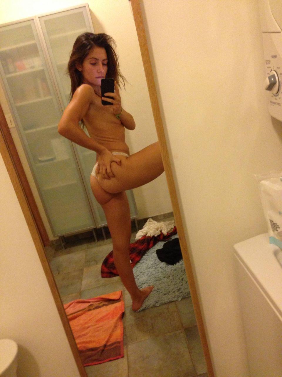 sarah-sha-nude-hot-cars-with-hot-topless-girls