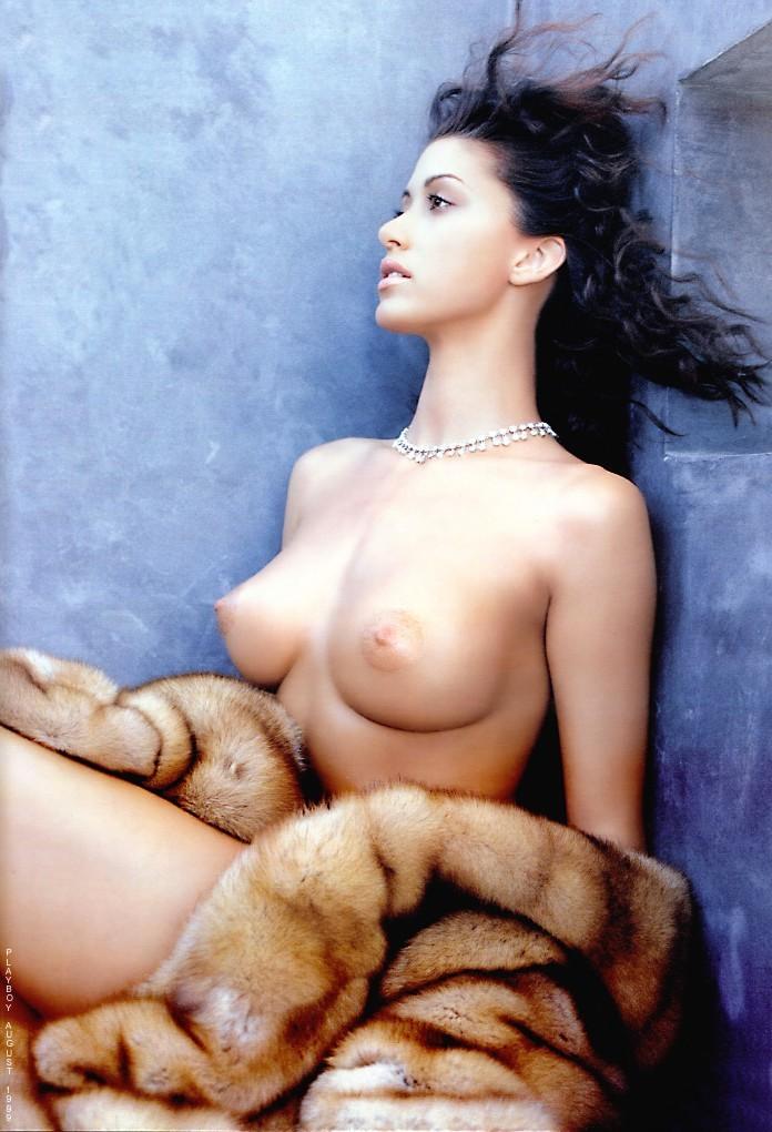 Shannon elizabeth nude vid 1