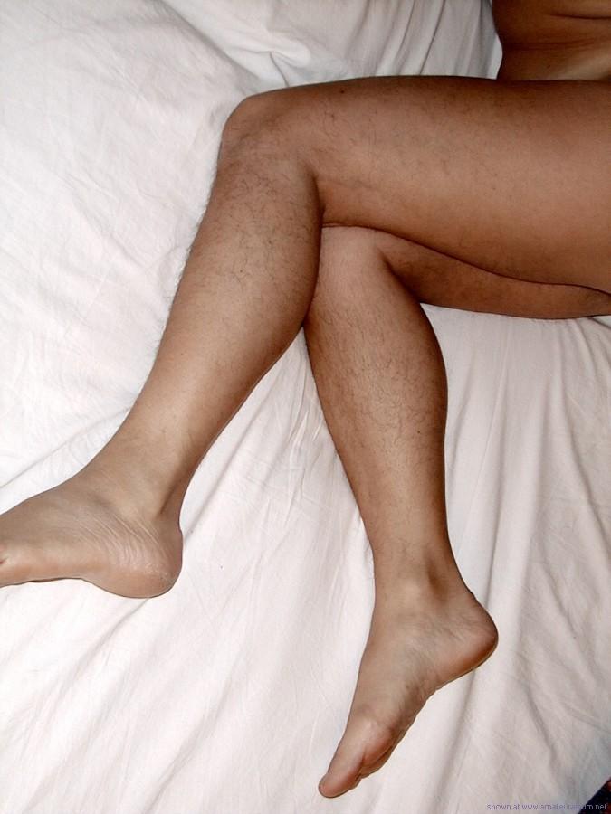 волосатые женские ноги видео онлайн трахается