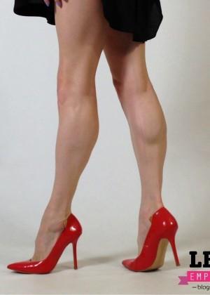 Сильные стройные ножки Кати