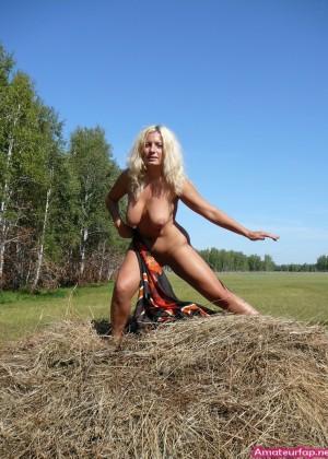45-летняя блондинка давно не ощущала в себе хуя