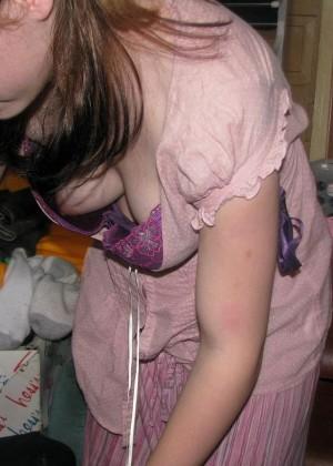 у жены грудь вывалилась из халата фото